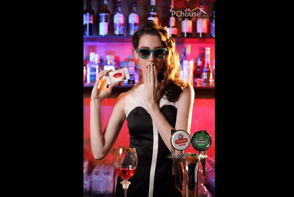 酒吧女王图片素材