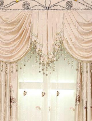 做帘头:配布和花边需另买
