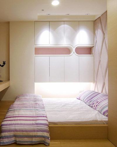 榻榻米床设计的卧室家具简单