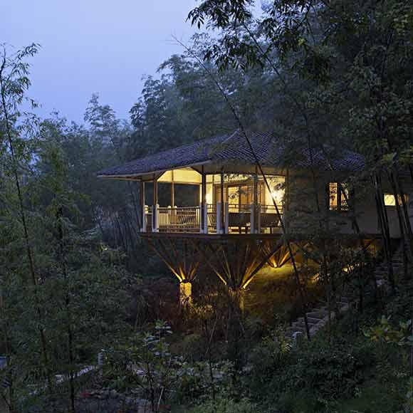 建筑设计的基础上,以客家民居为灵感