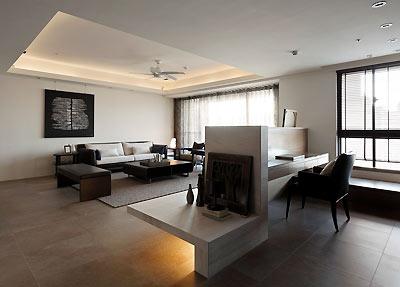 客,餐厅之间以雪白银狐为质材做电视背景墙半高的设计,成为彼此的介面图片