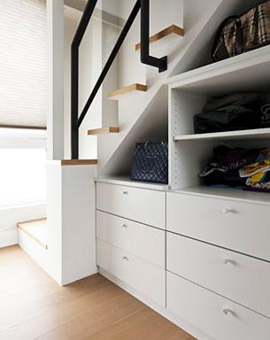 衣柜内部结构图 装修衣柜买好还是做好 衣柜内部格局